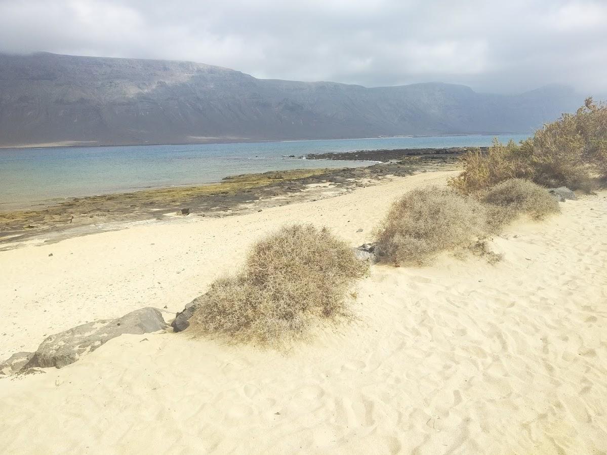 Hacia la playa de La Francesa - Risco de Famara